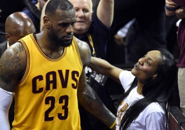 James Mom club Gloria her in Lebron spotted James  out with