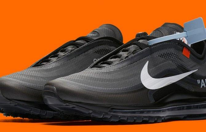 air max 97 black white on feet