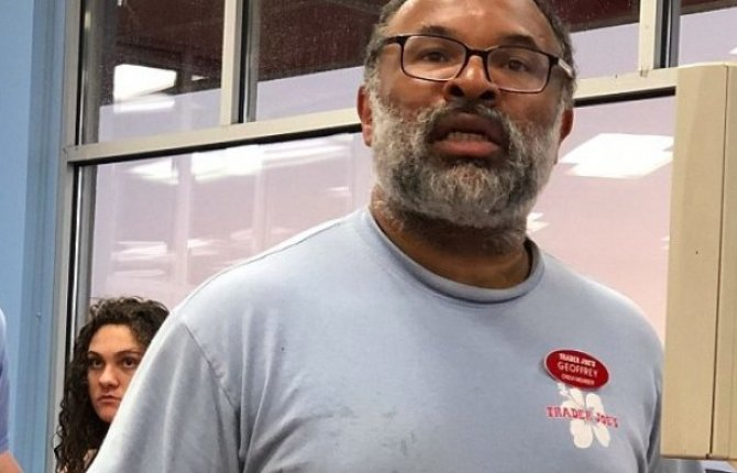 "Former ""Cosby Show"" star spotted working at Trader Joe's struggling for money - HipHopHotness.com"